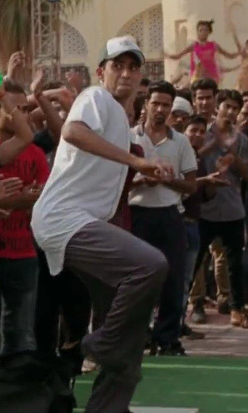 Suraj Sharma with UNDER ARMOUR Men's LOCK DOWN RELAX BASEBALL PANT in Million Dollar Arm