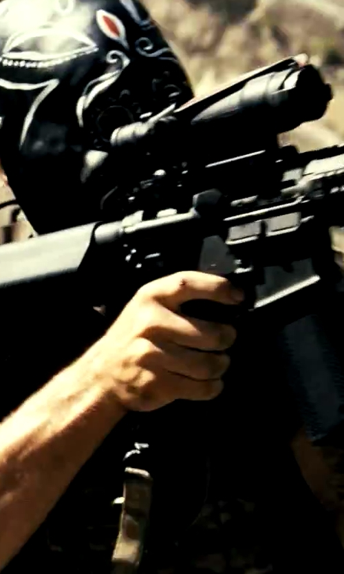 Taylor Kitsch with Point Blank Active Shooter Kit with NIJ 06 Level IV Plates in Savages