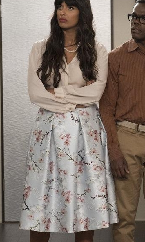 Jameela Jamil with Ted Baker Floral-Printed Midi Skirt in The Good Place
