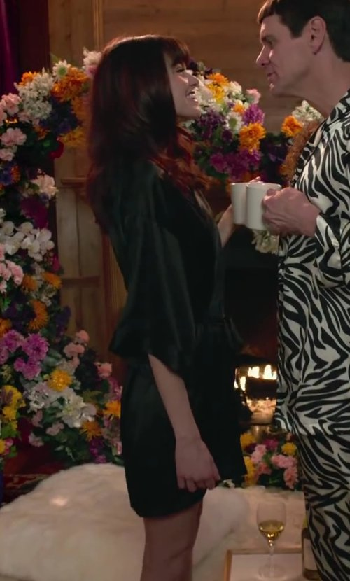 Rachel Melvin with In Bloom by Jonquil Kimono Robe in Dumb and Dumber To