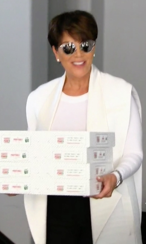 Kris Jenner with Lafayette 148 New York Zahra Linen Long Vest in Keeping Up With The Kardashians