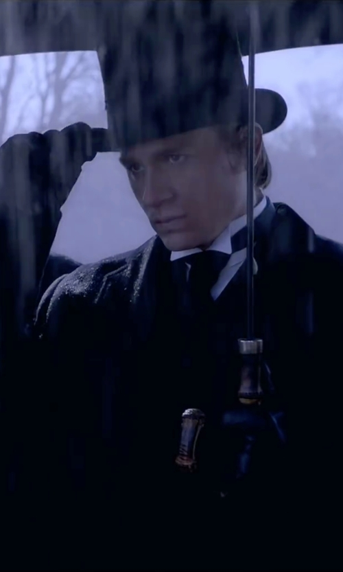 Charlie Hunnam with 8 Soft Leather Gloves in Crimson Peak