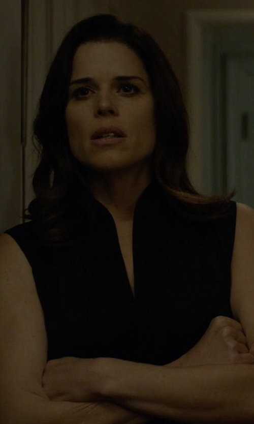 Neve Campbell with Elie Tahari Judith Sleeveless Silk Blouse in House of Cards