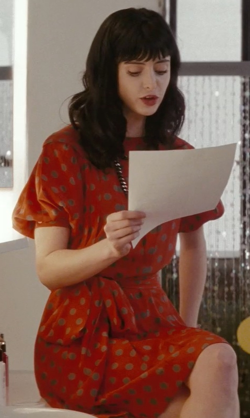 Krysten Ritter with Kate Spade New York Stamped Dots Shirtdress in Confessions of a Shopaholic