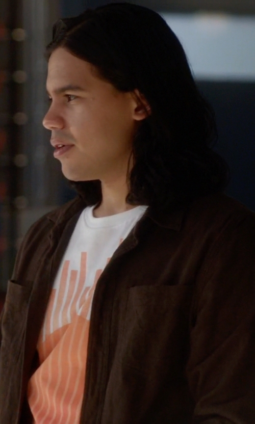 Carlos Valdes with Coast Button Down Shirt in The Flash