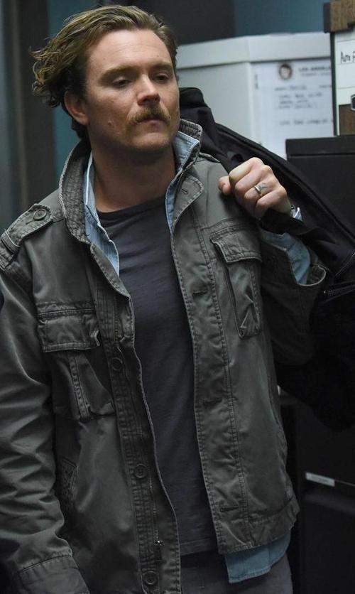 Clayne Crawford with John Varvatos Star USA Long-Sleeve Denim Shirt in Lethal Weapon