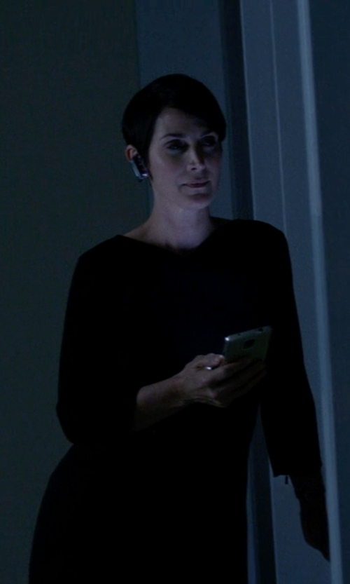Carrie-Anne Moss with Vince Ribbed Knit-Sleeve Crepe Dress in Jessica Jones