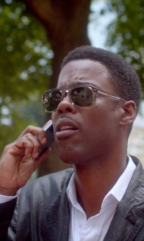 Chris Rock with Apple iPhone 5 in Top Five