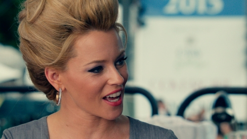 Elizabeth Banks with Lisa Freede Large Stardust Hoop Earrings in Pitch Perfect 2