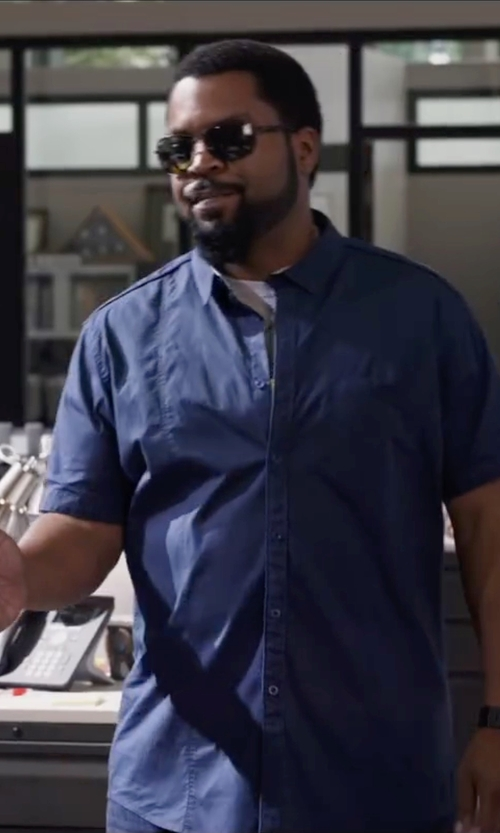 Ice Cube with Bulova Precisionist Black Rubber Carbon Fiber Watch in Ride Along 2