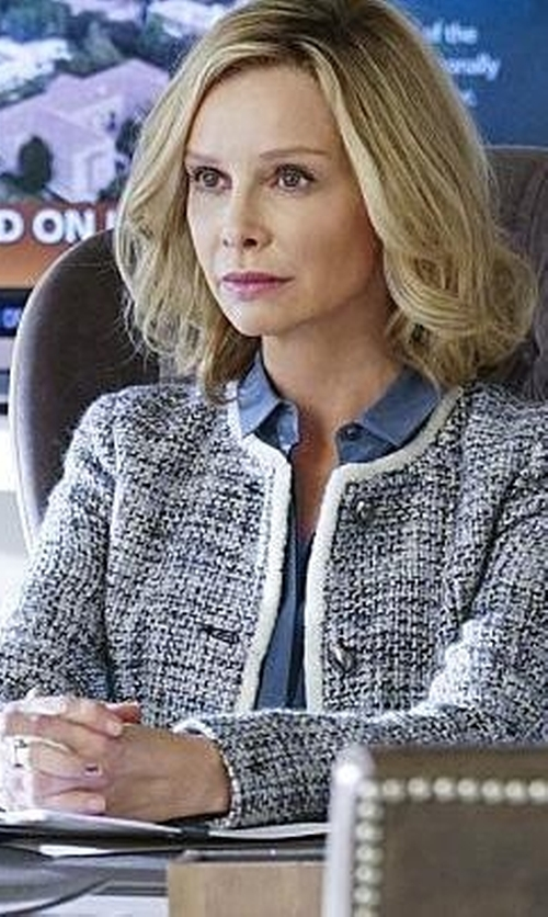 Calista Flockhart with Nic+ Zoe Drapey Denim Roll Sleeve Tunic Top in Supergirl