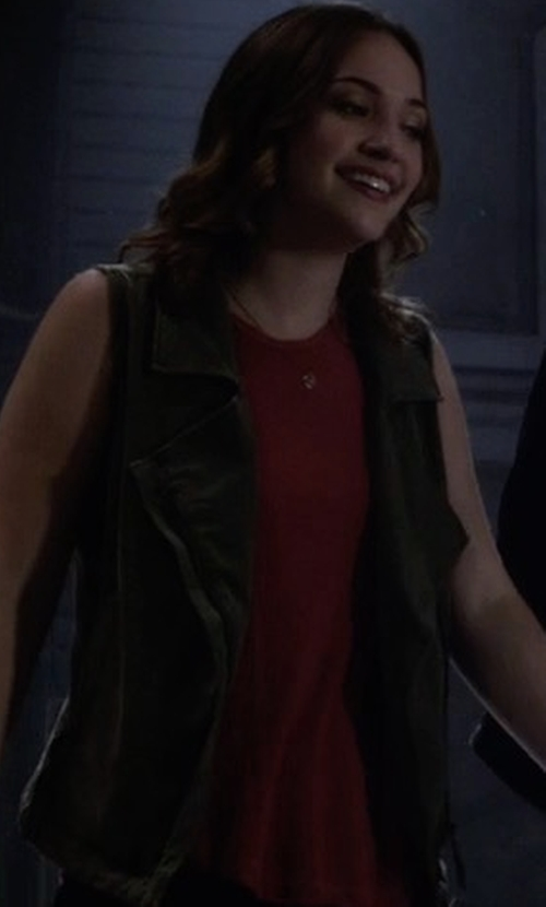 Violett Beane with Toula  Round-Neck Sleeveless Tank in The Flash