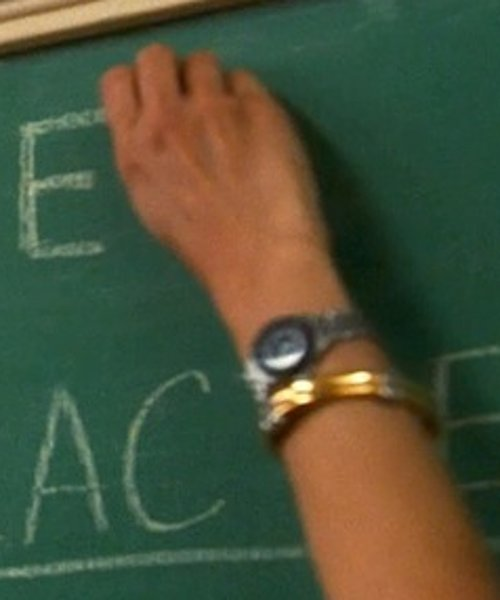 Marisa Tomei with Amazon Curated Collection Bonded Sterling Silver Bangle in Crazy, Stupid, Love.