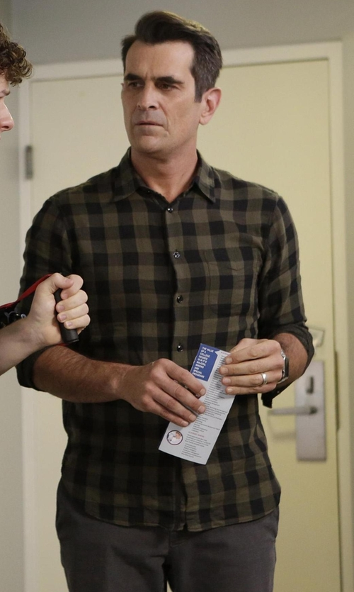 Ty Burrell with The Good Man Brand Buffalo Check Woven Sport Shirt in Modern Family