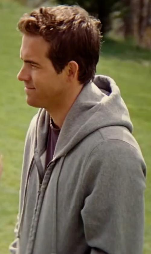 Ryan Reynolds with Dickies Fleece Full Zip Hoodie Jacket in The Proposal