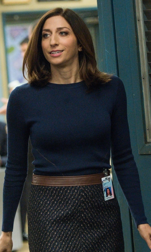 Chelsea Peretti with Halogen Lightweight Cashmere Sweater in Brooklyn Nine-Nine