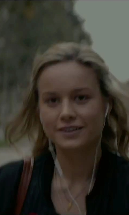 Brie Larson with Atm Anthony Thomas Melillo Poplin Dress Shirt in The Gambler