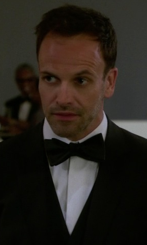 Jonny Lee Miller with Cego Custom Made Hidden Button Tuxedo Shirt in Elementary