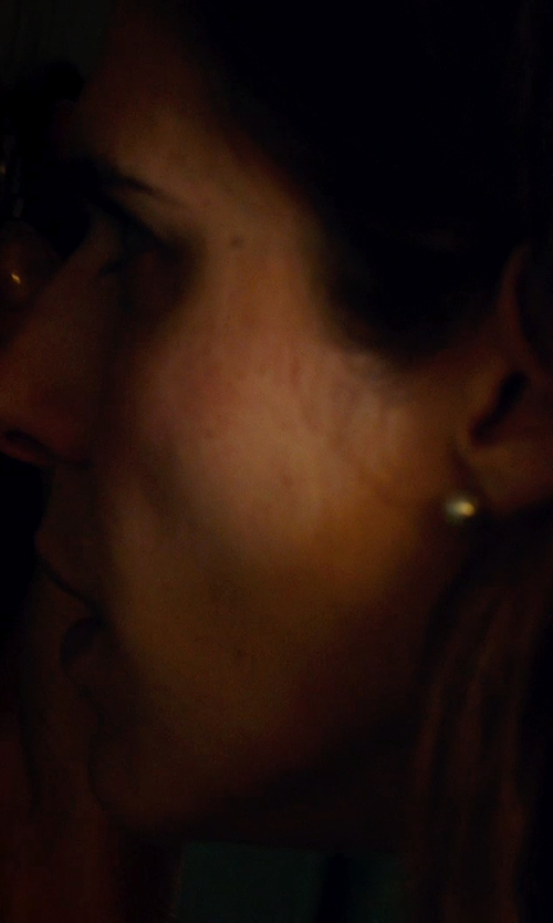 Lake Bell with Sophie Bille Brahe 14kt Gold Earrings with Fresh Water Pearls in No Escape