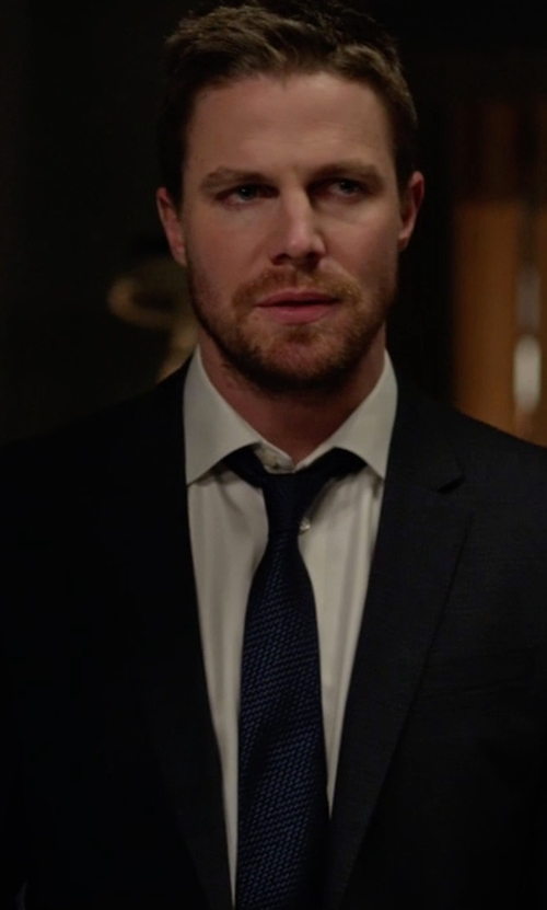 Stephen Amell with Eton Microcheck Woven Silk Tie in Arrow