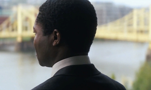 David Oyelowo with Roberto Clemente Bridge Pittsburgh, Pennsylvania in Jack Reacher