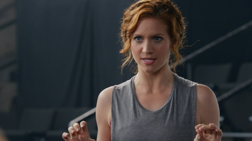 Brittany Snow with All Saints Grey and Black Muscle Tee in Pitch Perfect 2