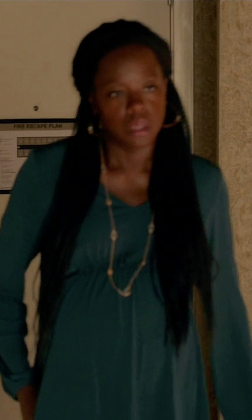 Viola Davis with Suoli V-Neck Blouse in How To Get Away With Murder