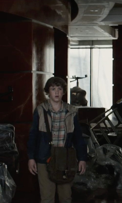 Art Parkinson with Burnside Big Boys' Bondo Woven Shirt in San Andreas