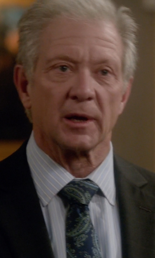 Jeff Perry with Kiton Paisley Necktie in Scandal