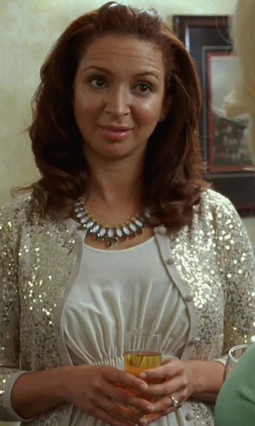 Maya Rudolph with Classic By Marchesa Certified Diamond Solitaire Engagement Ring in Bridesmaids