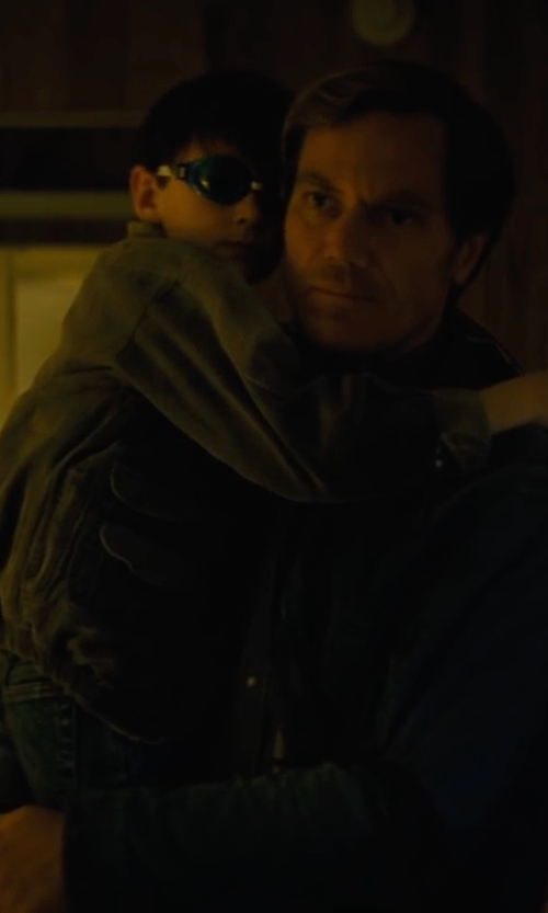 Michael Shannon with Carhartt Michigan Chore Cotton Denim Jacket in Midnight Special