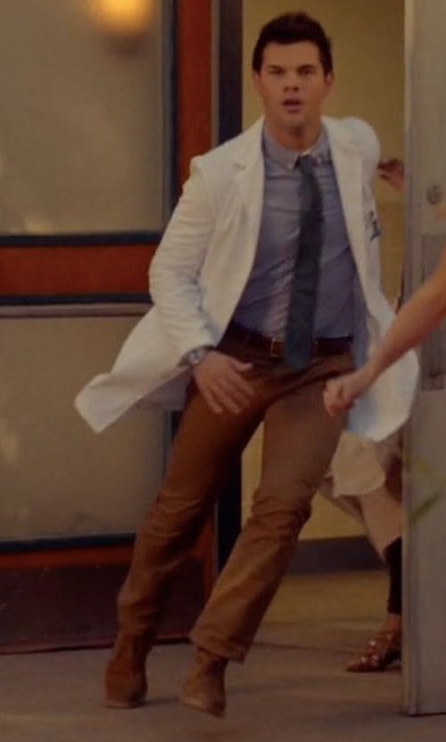 Taylor Lautner with Red Wing Shoes Iron Ranger Boots in Scream Queens