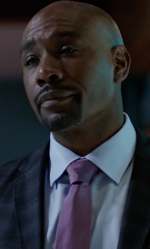 Morris Chestnut with Calibrate Woven Silk Tie in Rosewood