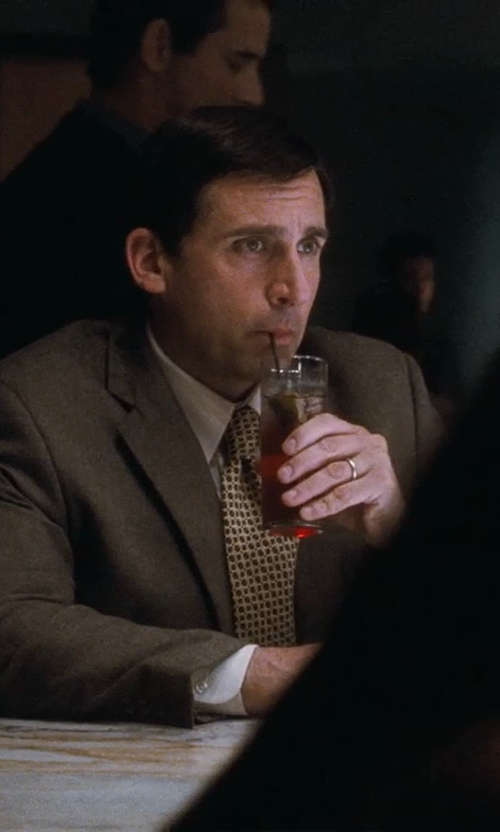 Steve Carell with Target Men's 10K Yellow Gold Wedding Band in Crazy, Stupid, Love.