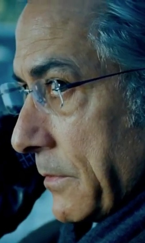 David Strathairn with Barneys New York Snap-Tab Leather Gloves in The Bourne Ultimatum