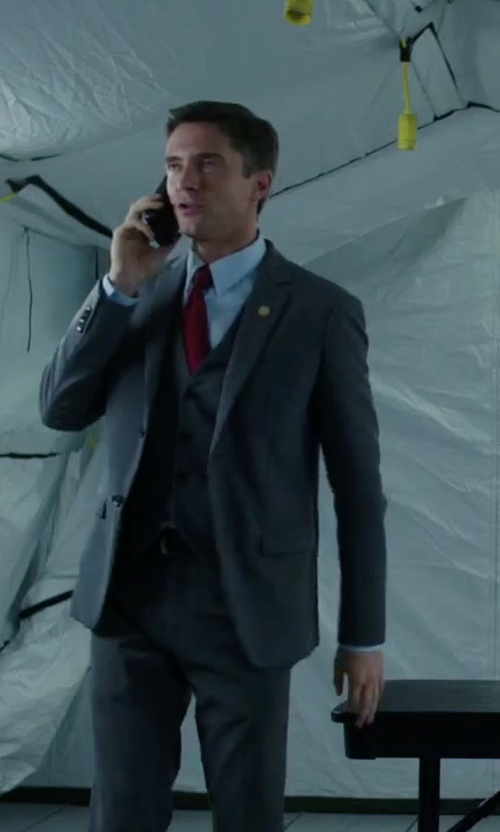 Topher Grace with Lauren Ralph Lauren Signature Crest Necktie in American Ultra