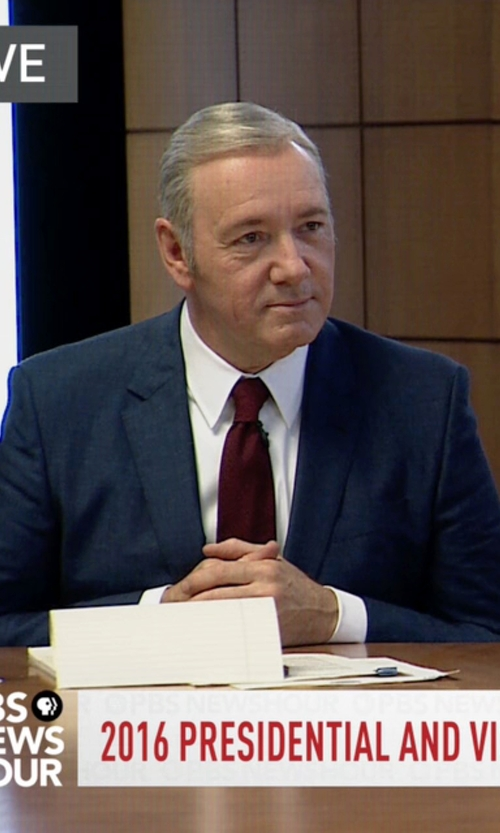 Kevin Spacey with Hugo Boss Custom Made Blue Suit in House of Cards