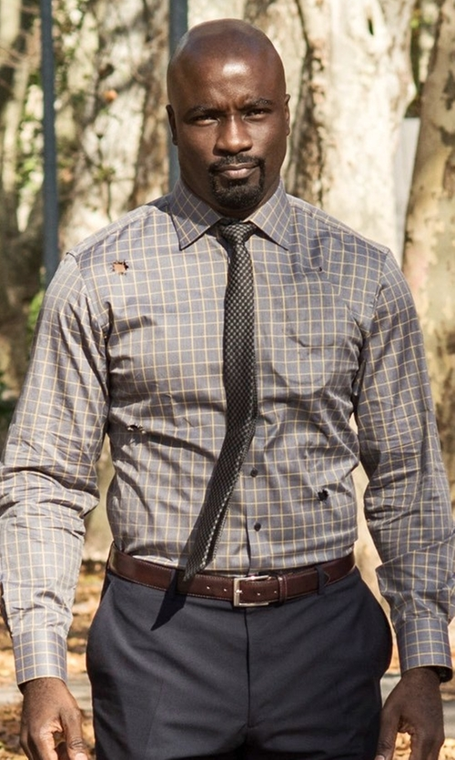 Mike Colter with Perry Ellis Leather Burnished Edge Belt in Marvel's Luke Cage