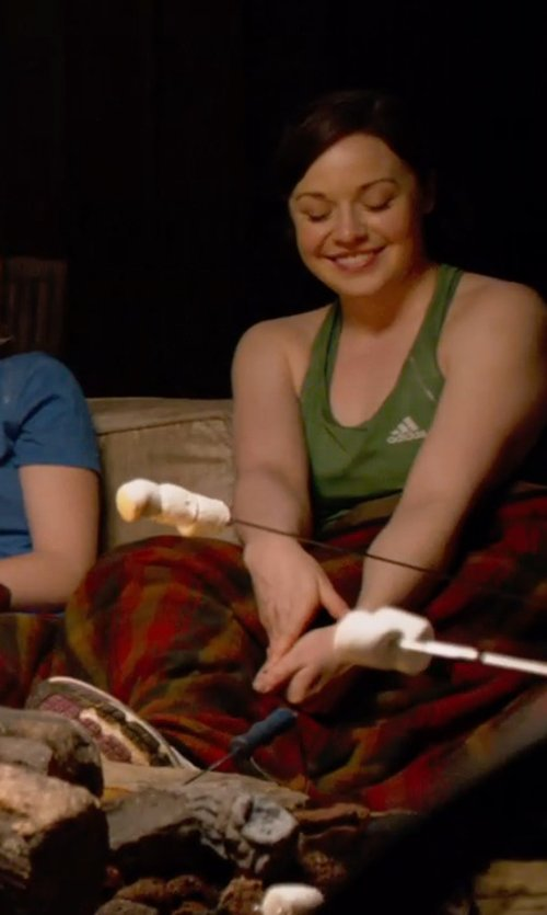 Shelley Regner with Adidas Clima Lite Perfect Rib Tank Top Shirt in Pitch Perfect 2