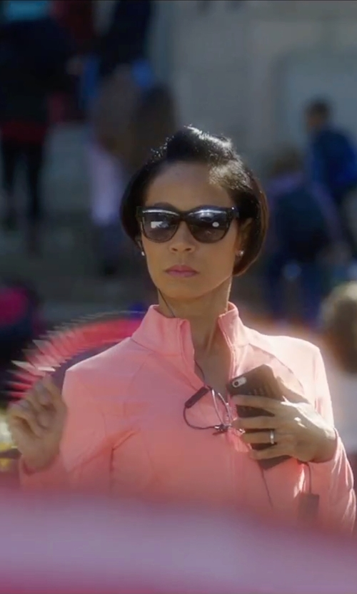 Jada Pinkett Smith with Nike Element Dri-FIT Half-Zip Running Top in Bad Moms