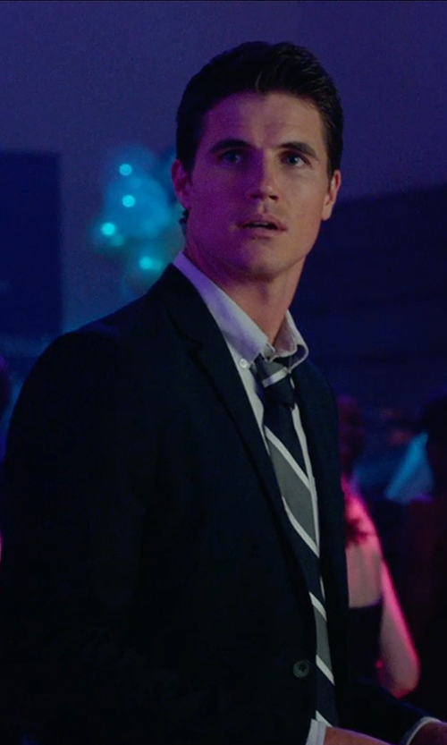 Robbie Amell with Forever21 Woven Sport Coat in The DUFF