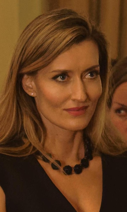 Natascha McElhone with Kenneth Jay Lane Jet Bead Necklace in Designated Survivor