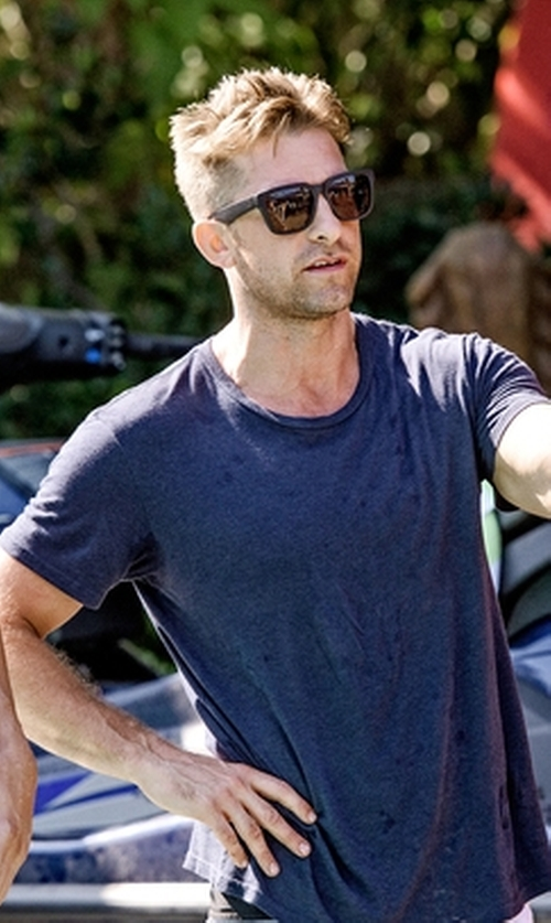 Scott Speedman with Theory Slub Crewneck Short-Sleeve T-Shirt in Animal Kingdom