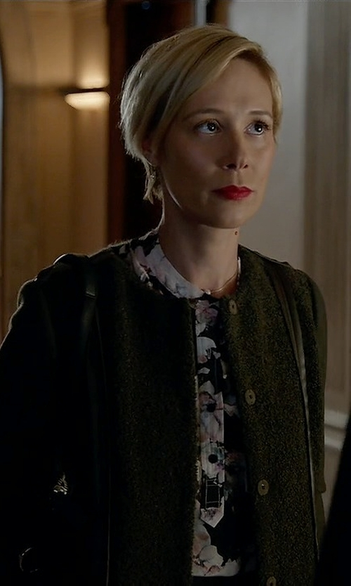 Liza Weil with Jil Sander Cashmere Cardigan in How To Get Away With Murder