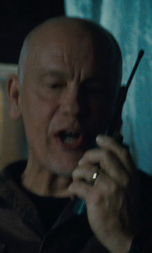 John Malkovich with Amazon Curated Collection Men's 10k Yellow Gold 4mm Traditional Plain Wedding Band in Warm Bodies