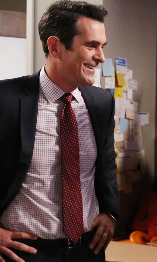 Ty Burrell with Saks Fifth Avenue Collection Dotted Silk Tie in Modern Family