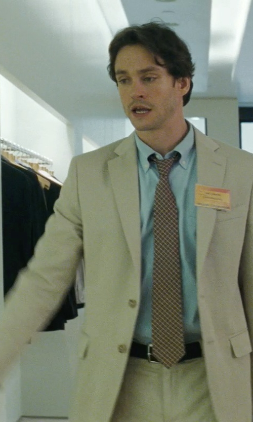 Hugh Dancy with Ralph Lauren Wool Gabardine Anthony Suit in Confessions of a Shopaholic