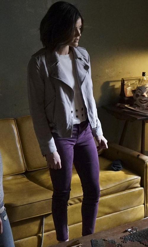 Lucy Hale with Siviglia Casual Straight Leg Pants in Pretty Little Liars