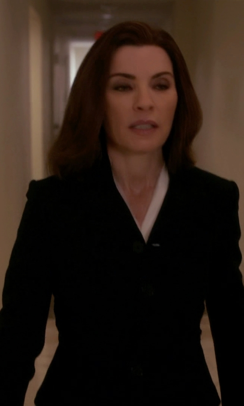 Julianna Margulies with Alexander Wang Collarless Blazer in The Good Wife