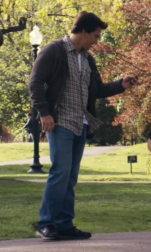 Mark Wahlberg with Levi's Mens Slim Bootcut in Ted